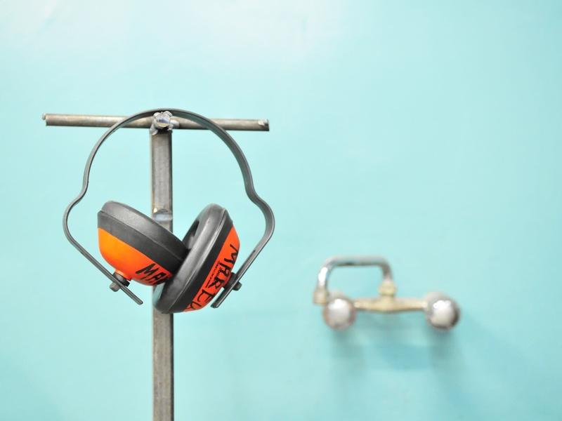 Prévention des risques liés au bruit en milieu industriel