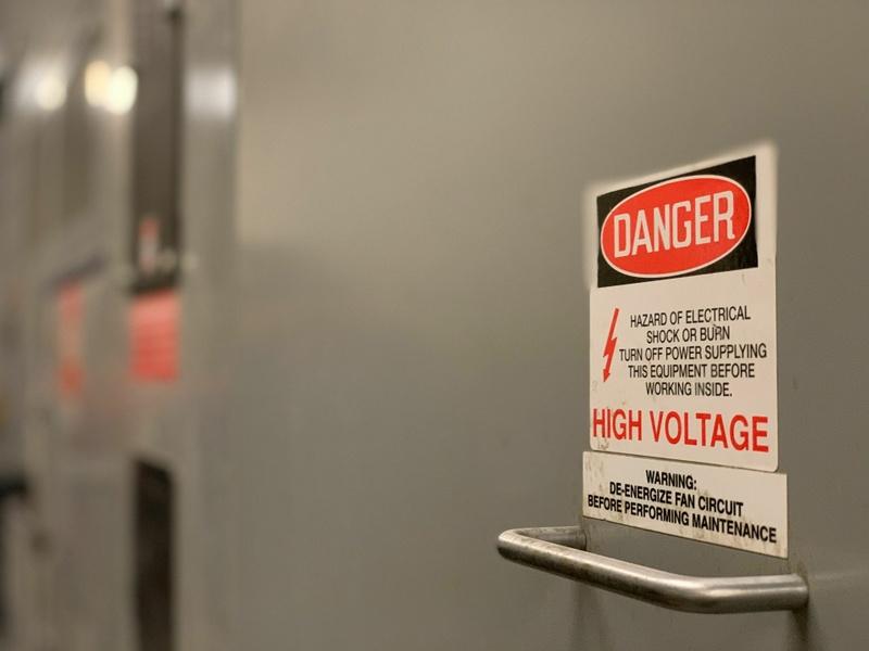 Haute tension / Préparation à l'habilitation électrique : H1 / H1 (v) / H2 / H2  (v) / HC / HE (m.a) / HE (m.e) / HE (v)